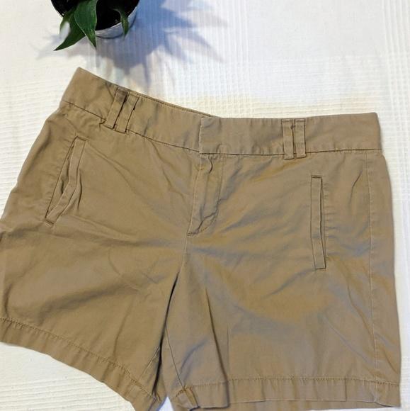 LOFT Pants - Ann Taylor Loft Khaki Shorts in Size 8